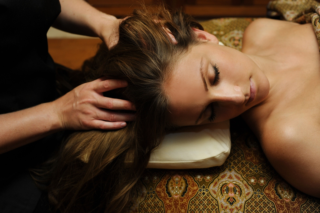 Ayurvedic Head Massage | SenSpa at Careys Manor